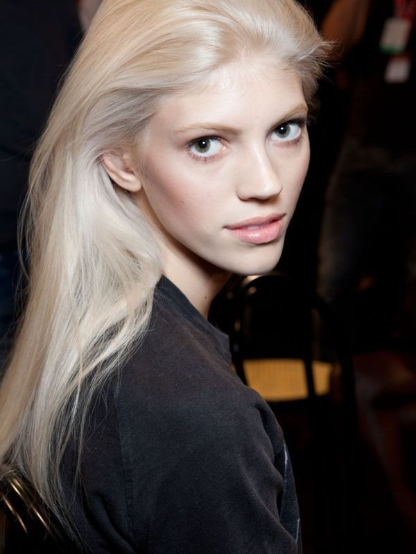 The Best How And Why I Went Platinum Blonde At Home Locks Pictures