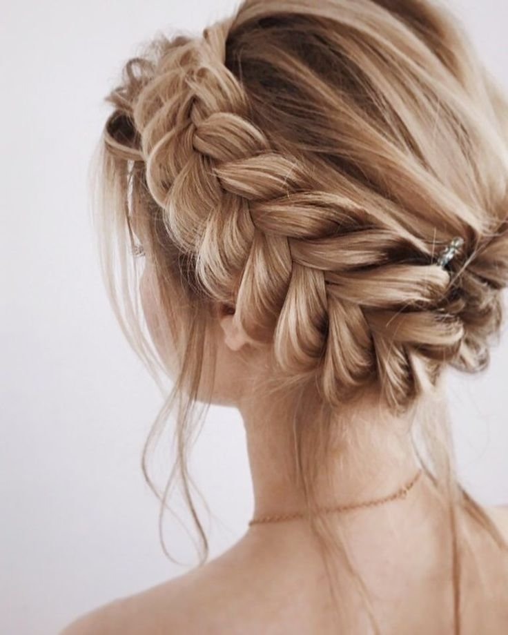 The Best 30 Beautiful Prom Hairstyles That Ll Steal The Night Pictures