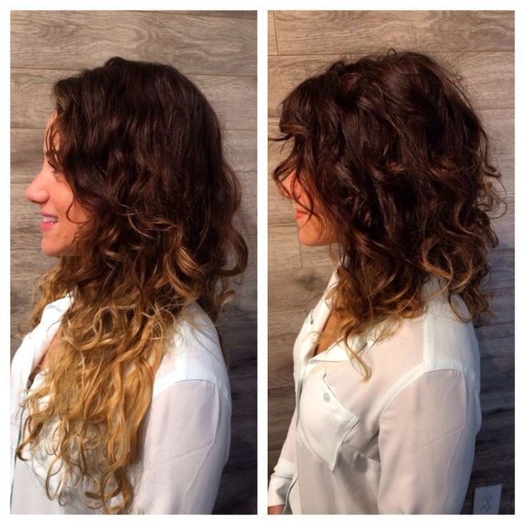 The Best Curly A Line Bob Hairstyle Curly Angled Bobs Angled Bob Pictures
