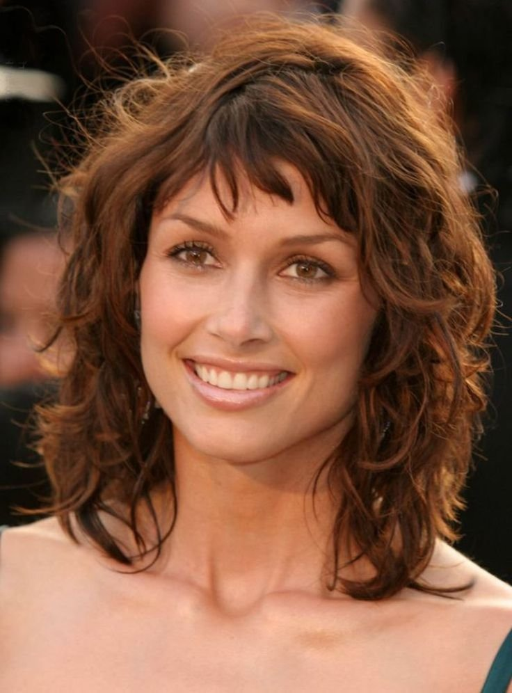 The Best Short To Medium Length Curly Hairstyles 2015 Curly Hair Pictures