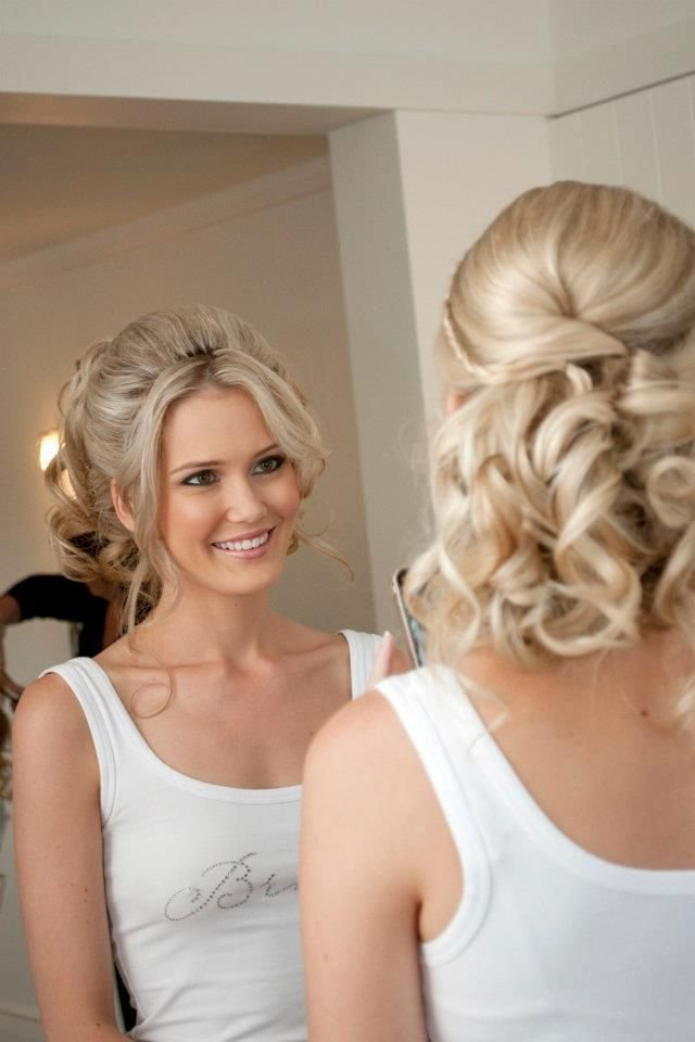 The Best Soft Updo Easy To Wear Long Hair Styling Wedding Hair Pictures