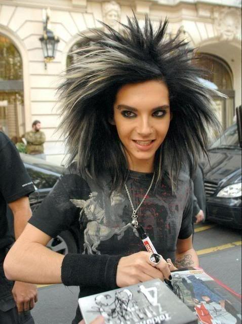 The Best Bill Kaulitz Lion Big Hairstyle Skunk In 2019 Hair Pictures