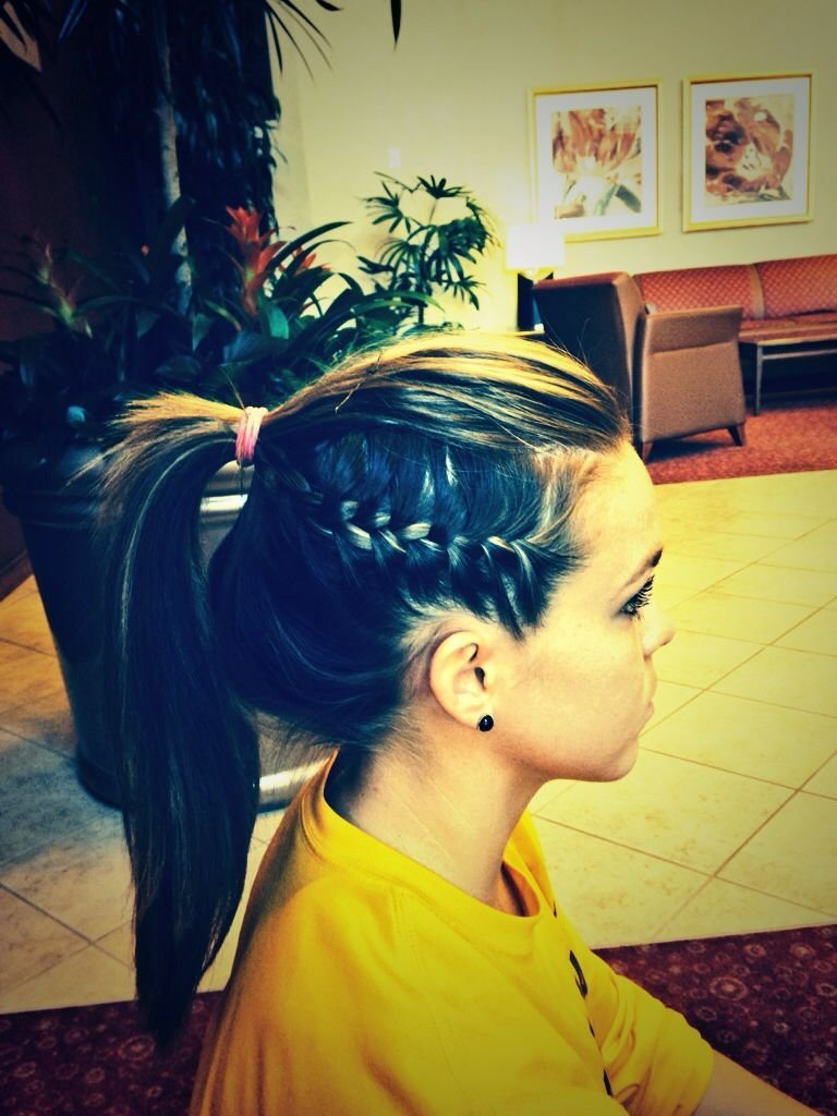 The Best I Ve Seen Athletes Do This Cool Braid It Is Simple Yet Pictures