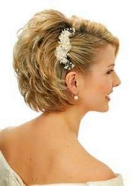 The Best Mother Of The Bride Hairstyles For Short Hair Hairstyles Short Wedding Hair Short Bridal Pictures