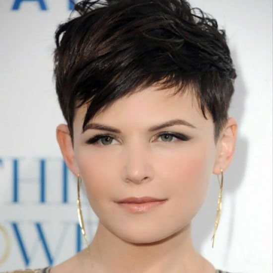 The Best 25 Hairstyles To Slim Down Round Faces Hair Styles Pictures