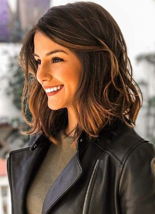 The Best Dazzling Shoulder Length Wavy Hairstyles 2019 For Women To Pictures