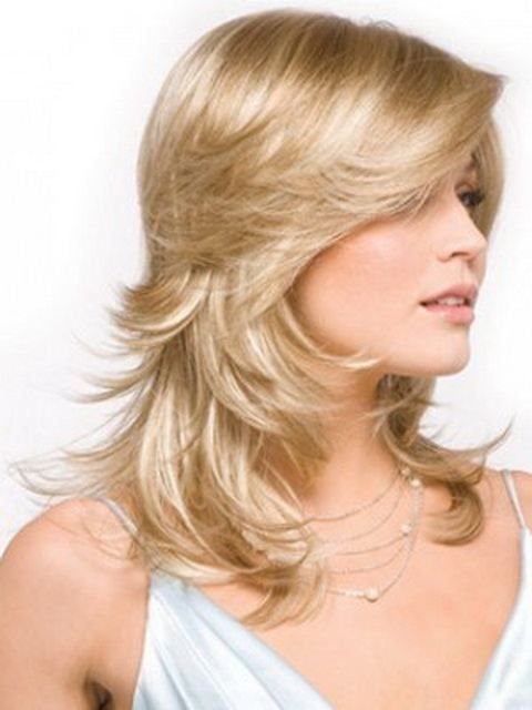 The Best Short Hairstyles Feathered Layered Bob Sheknows Alex Jones Is Short Curly And Girly With Pictures