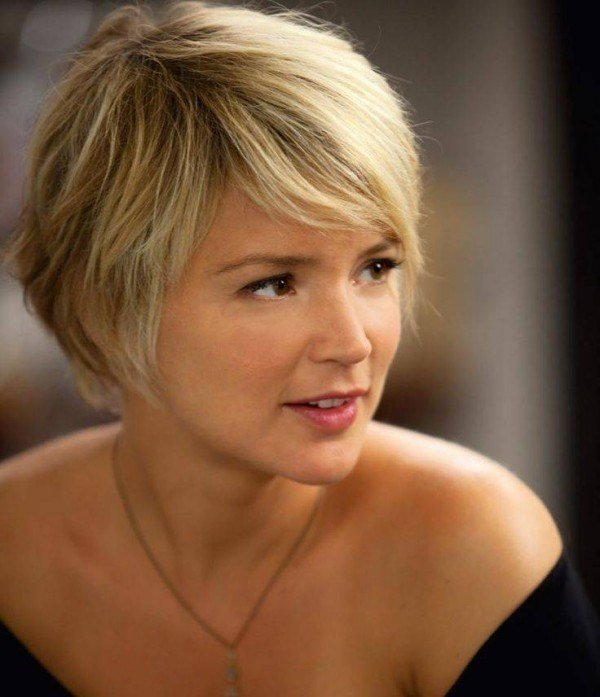 The Best Short Hairstyles For Thick Hair And Oval Face Pictures