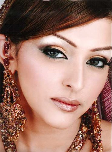The Best Party Makeup And Hairstyle Ideas 2013 Online Beauty Tips Pictures