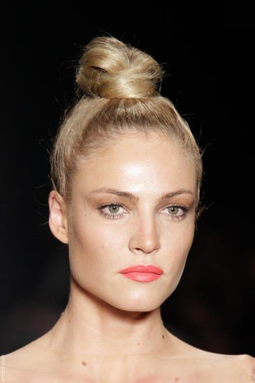 The Best How To Find A Wedding Hairstyle For Your Face Shape Pictures