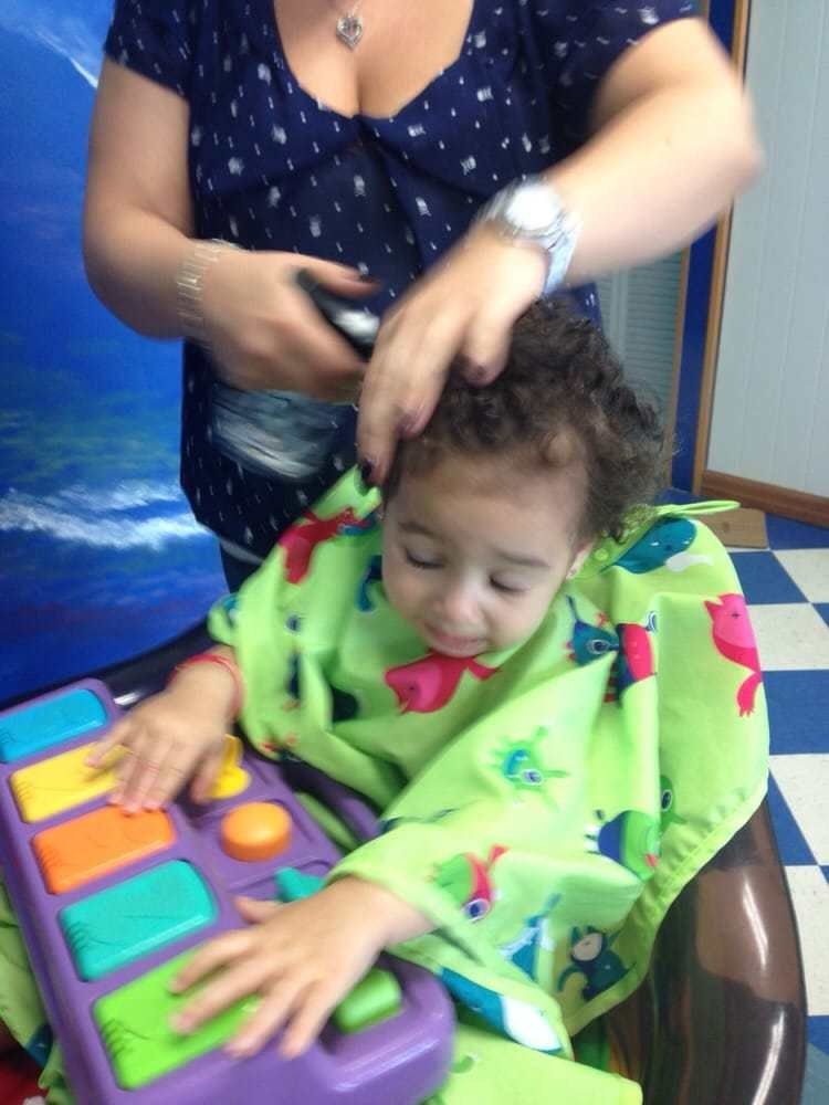 The Best Sara S First Hair Cut The Dresser Who Served Her Today Pictures