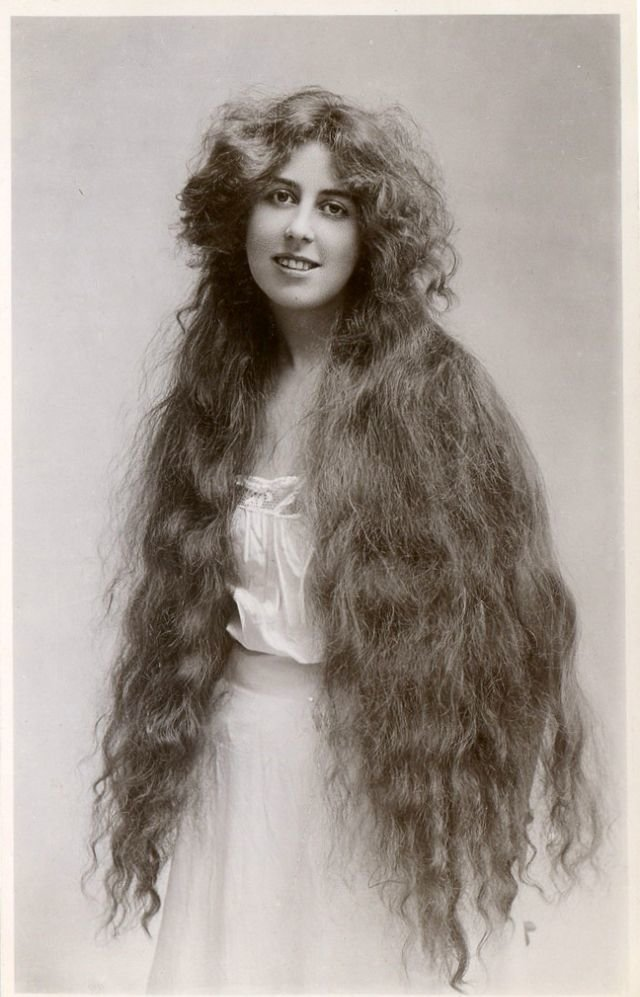 The Best Amazing Photos Show How Women S Hairstyles Have Changed Pictures