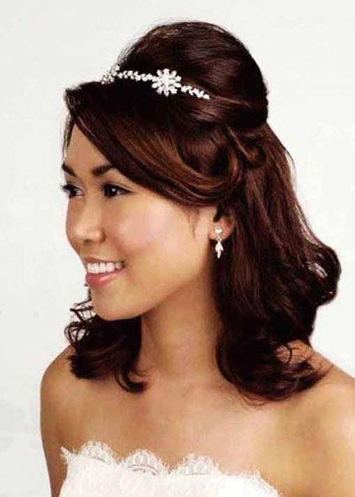 The Best Half Up Tiara Wedding Hairstyles – The New Fashion And Trends Pictures