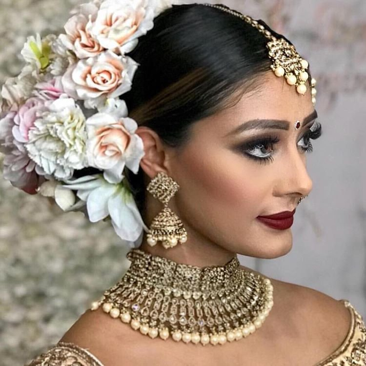 The Best 11 Hottest Indian Bridal Hairstyles For Your Wedding Pictures