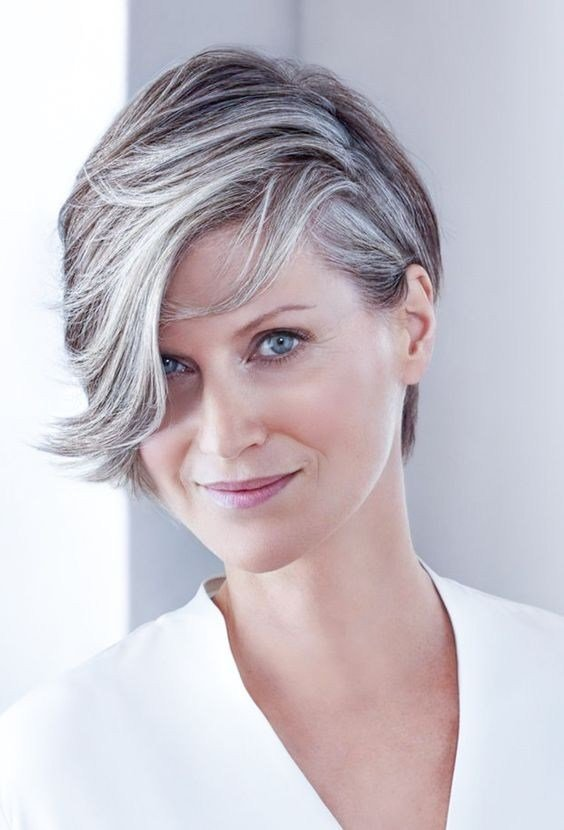 The Best Natural Short Grey Hair Wigs For Women Over 40 Rewigs Com Pictures