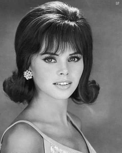 The Best 1960S Hairstyles – Top 10 Best Haircut Of 60S Era Pictures