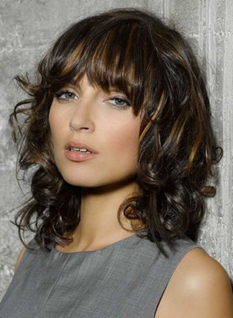 The Best Medium Layered Haircuts You Ll Absolutely Love To Try Pictures
