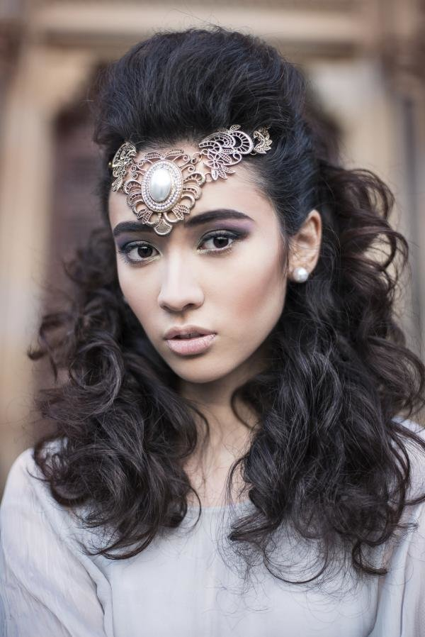 The Best Indian Bridal Hairstyles For A Long Face Pictures