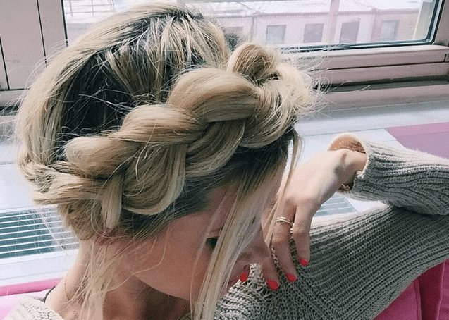 The Best 7 Easy Prom Hairstyles You Can Diy At Home Before The Big Pictures