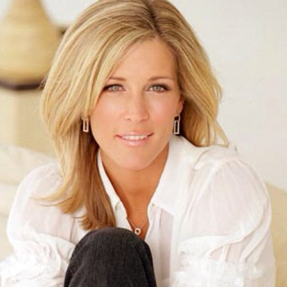 The Best Laura Wright Love Carly S Hair Fashion Pinterest Pictures