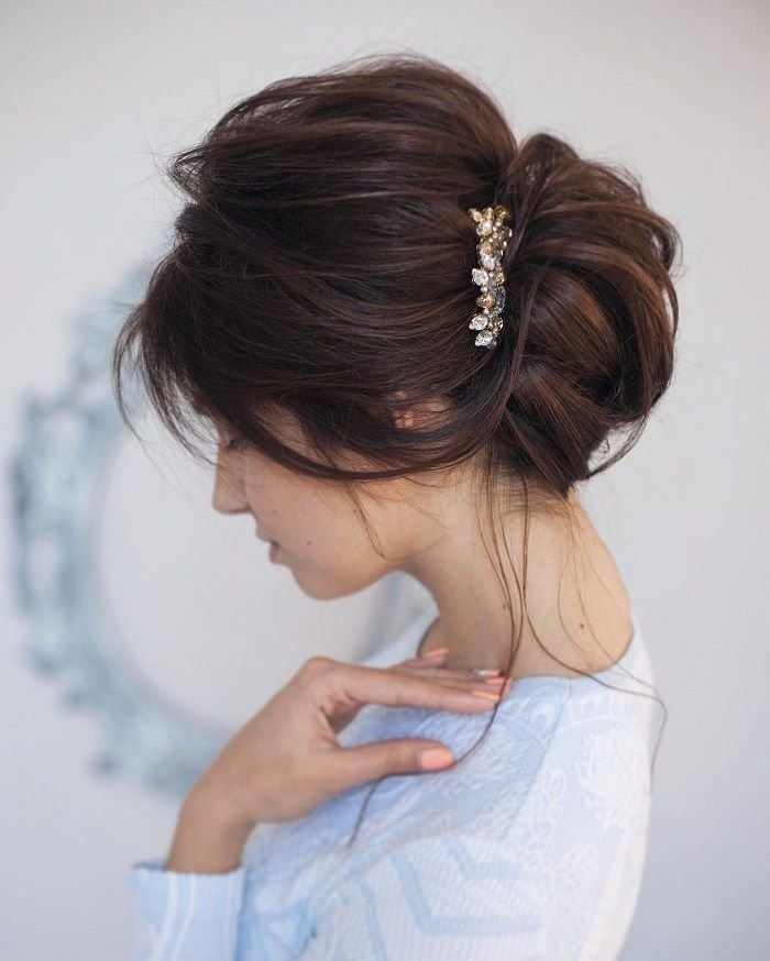 The Best 25 Best Ideas About Messy Updo On Pinterest Ball Hair Messy Wedding Hair And Messy Bun Updo Pictures