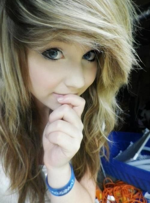 The Best Scene Bangs I Think That S A Cute Hair Style Chelsea Pictures