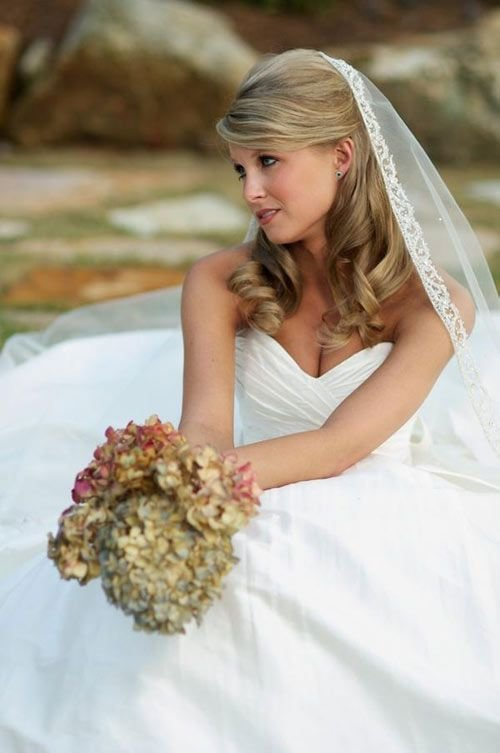 The Best 1000 Ideas About Medium Wedding Hairstyles On Pinterest Soft Updo Loose Side Buns And Big Pictures
