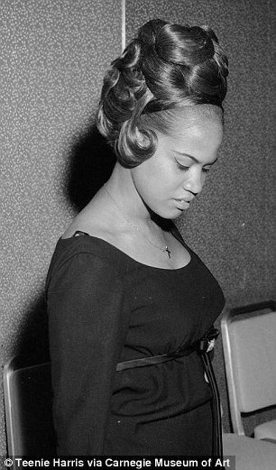 The Best Photographer S Archive Spotlights Women S Hairstyles From Pictures