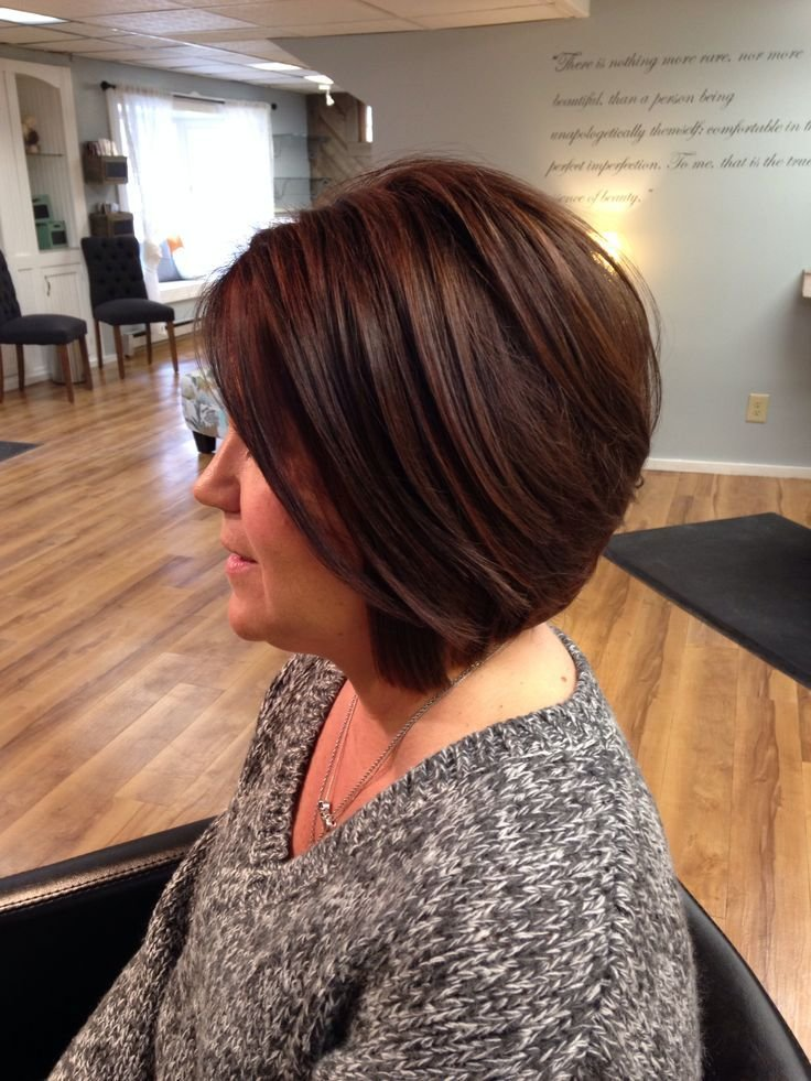 The Best This Layered Bob Allows Her To Still Have Volume Through Pictures