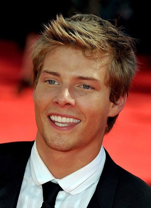 The Best Best 20 Hunter Parrish Ideas On Pinterest Pictures