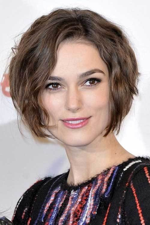 The Best 35 Beautiful Short Wavy Hairstyles For Women Pictures