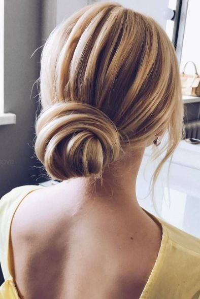 The Best 15 Dreamy Undone Updo Hairstyles For Any Special Occasion Pictures