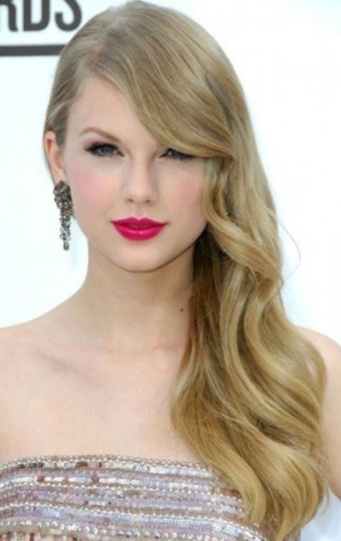 The Best 26 Taylor Swift Hairstyles Celebrity Taylor S Hairstyles Pictures