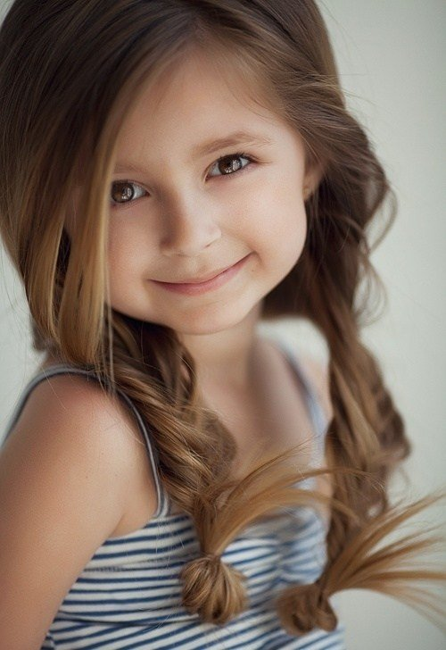 The Best 25 Cute Hairstyles With Tutorials For Your Daughter Pictures