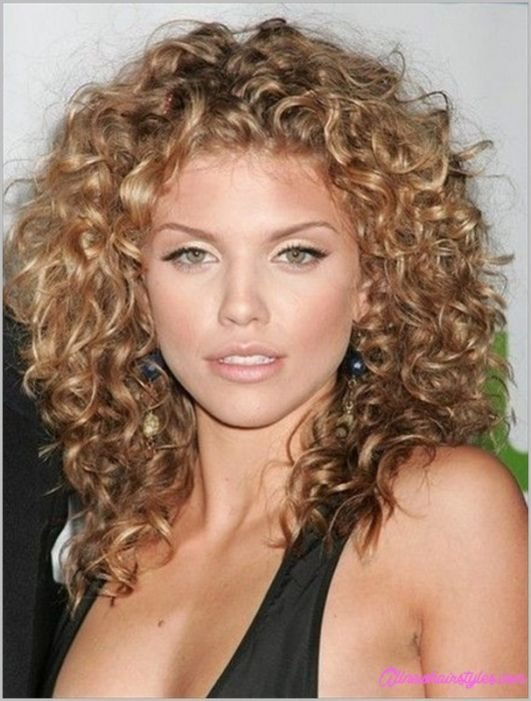 The Best Haircuts Curly Hair Medium Length Allnewhairstyles Com Pictures