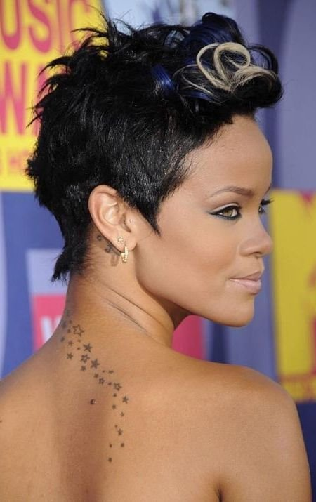 The Best 51 Top Rihanna Hairstyles That Are Worth Trying For Every Girl Pictures
