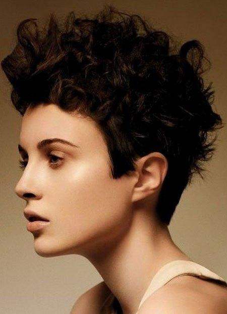 The Best Short Haircuts For Curly Hair Short Hairstyles 2017 Pictures