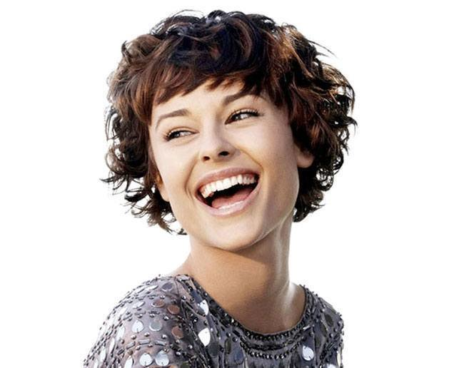 The Best 5 Spiral Hairstyles For Short Hair Pictures