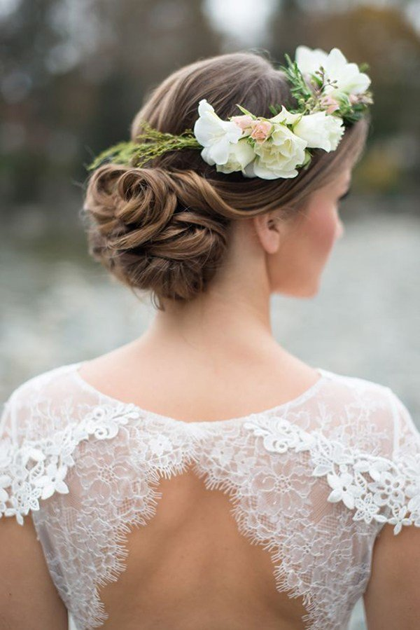 The Best Wedding Hairstyles 15 Fab Ways To Wear Flowers In Your Pictures
