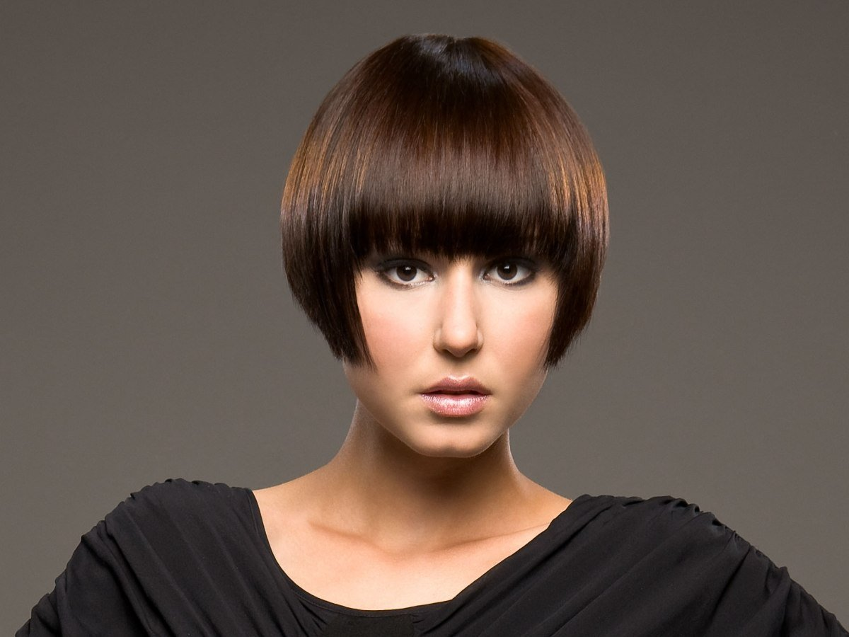 The Best Short Bob Haircut With The Hair Cut Right Below Ear Level Pictures