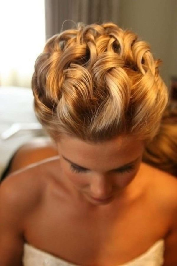 The Best 24 Simple And Chic Bridal Hairstyle Ideas Pictures