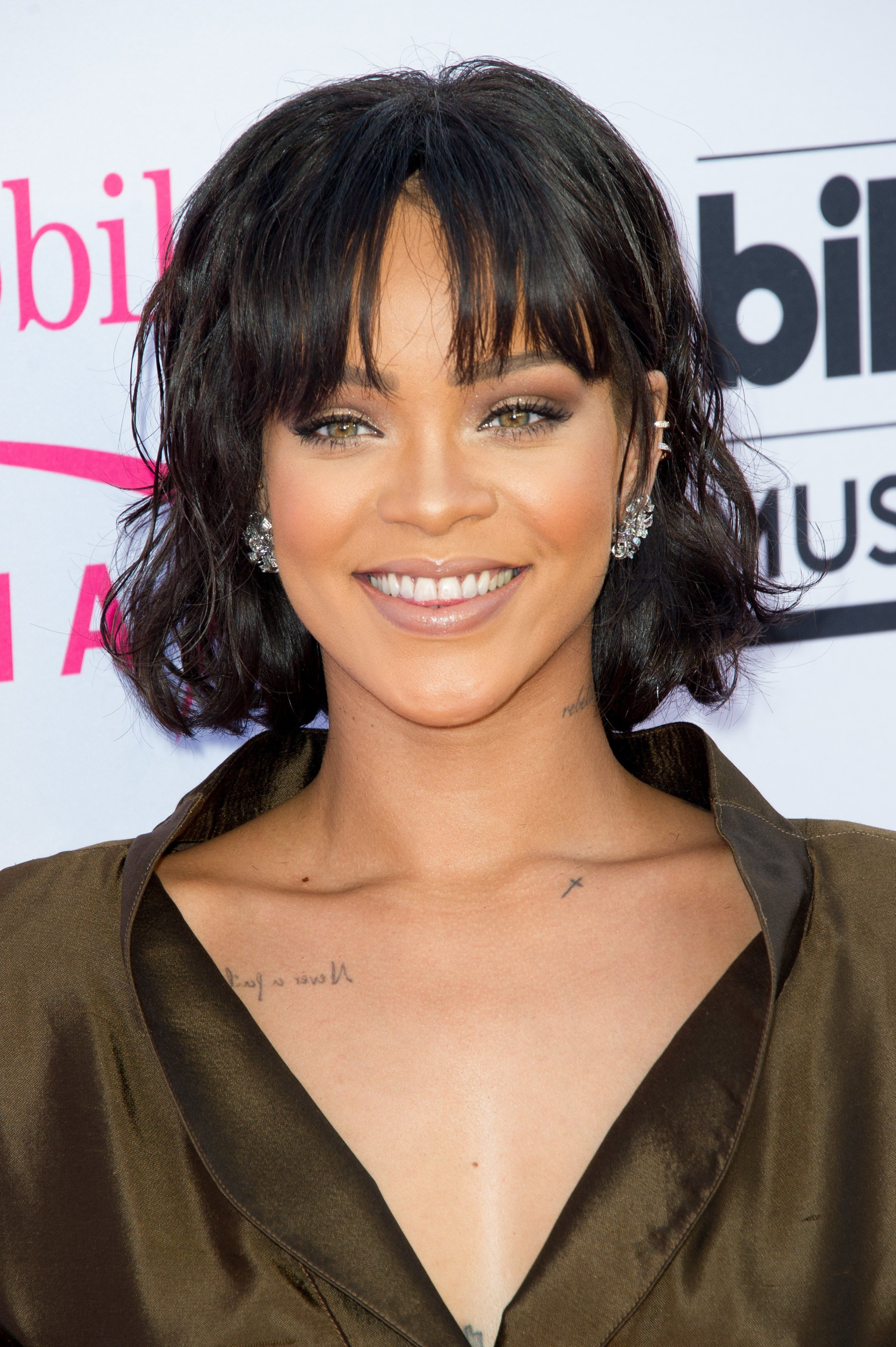 The Best 90 Hairstyles With Bangs You Ll Want To Copy Celebrity Pictures