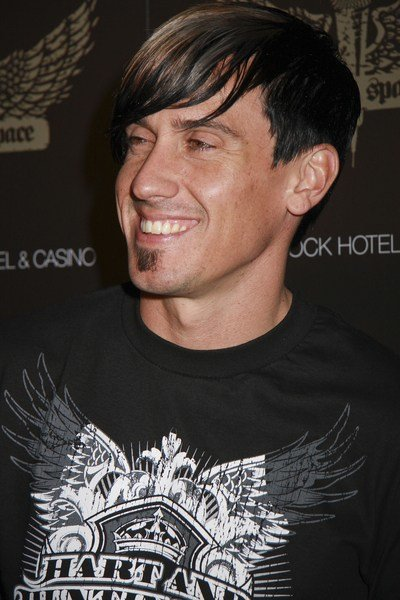 The Best Carey Hart Hair Carey Hart With Edgy Two Tone Style Pictures