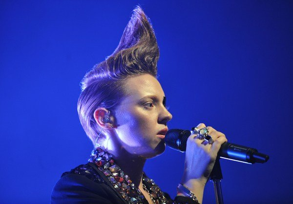 The Best La Roux Hairstyle Pictures
