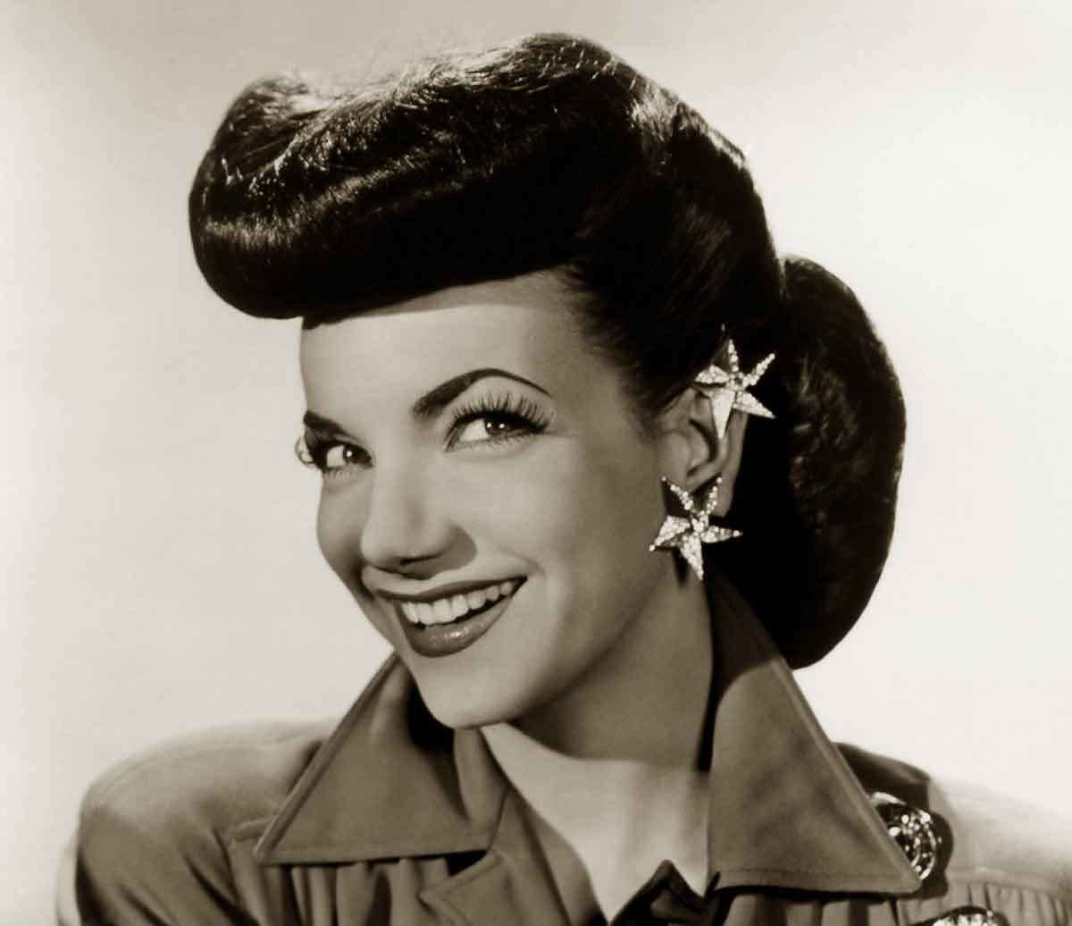 The Best 1940S Hairstyles – Memorable Pompadours Glamourdaze Pictures