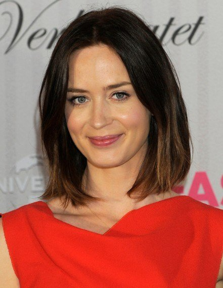 The Best Emily Blunt Hairstyles Popular Haircuts Pictures