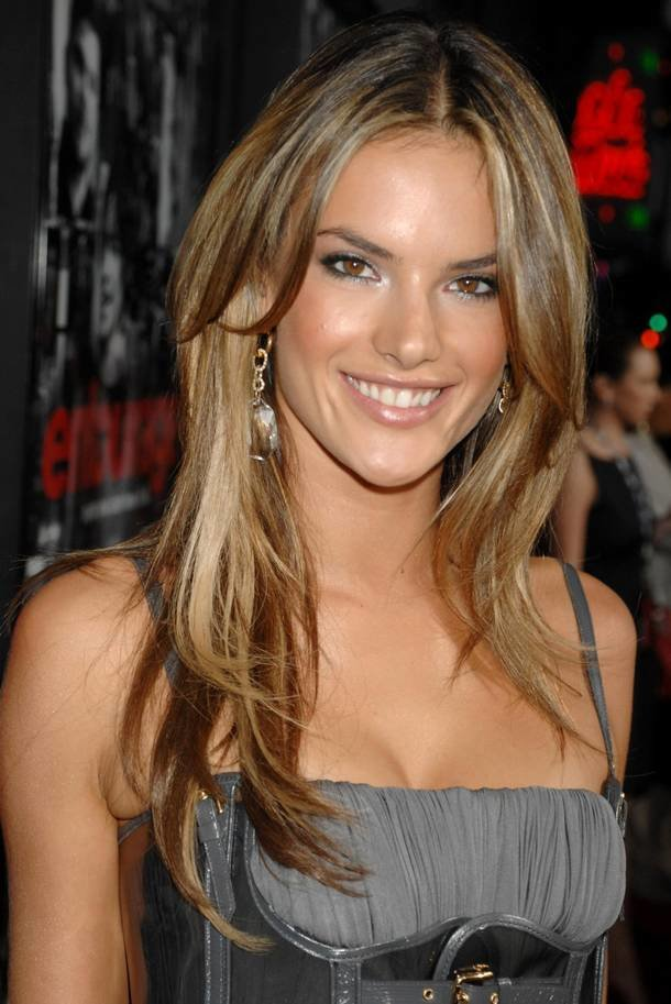 The Best Alessandra Ambrosio Hairstyle Trends Alessandra Ambrosio Pictures