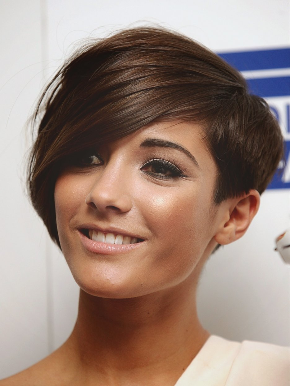 The Best Hairstyle Pictures Of Frankie Sandford Hair Fashion 2012 Pictures
