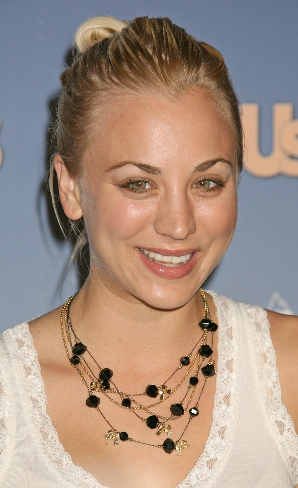 The Best All About Hollywood Celebrity Kaley Cuoco Hairstyle Pictures
