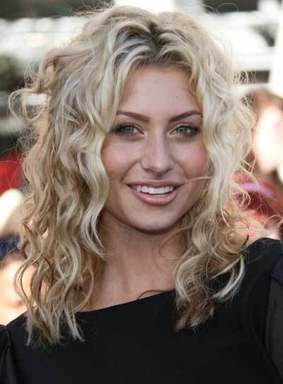 The Best Medium Curly Blonde Hairstyles Beauty Riot Pictures